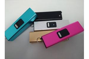 一款方便携带的微型电击棍