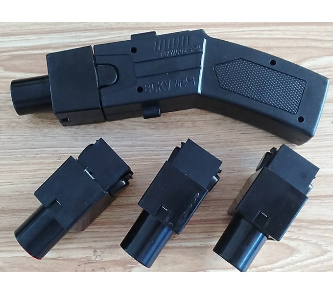 New type 002 40m tear gas stun gun
