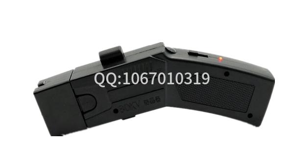 新款多功能002型电击枪 橡皮弹和催泪弹功能
