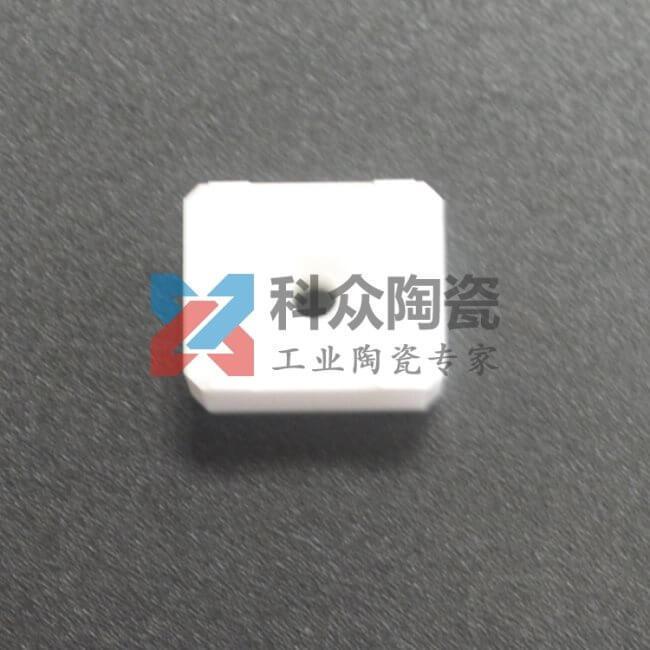 氧化铝精密陶瓷穿孔