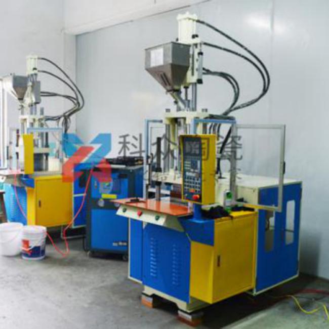 精密陶瓷生产加工机械注塑成型机