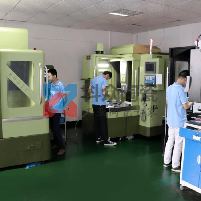 精密陶瓷生产加工机械等静压成型机
