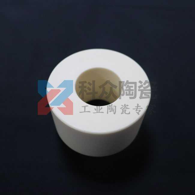 氧化铝精密陶瓷干压成型