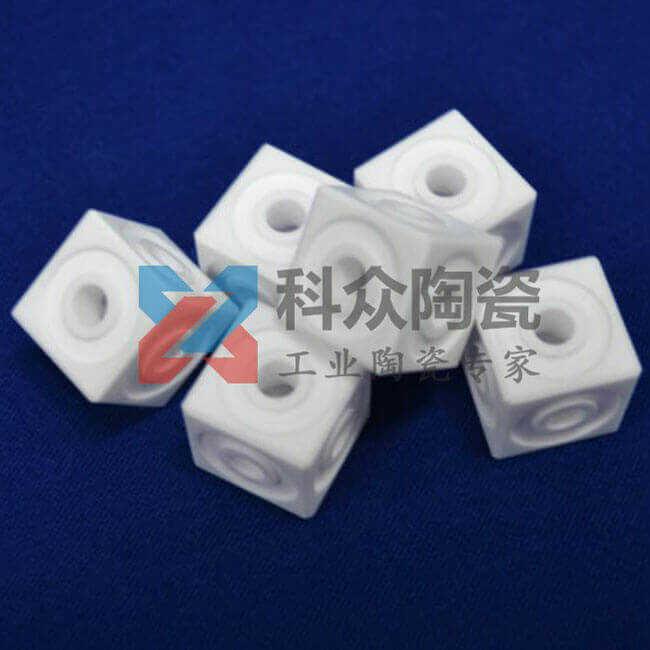 电子精密陶瓷零部件