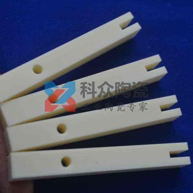 ?氧化鋁半導體精密陶瓷精加工