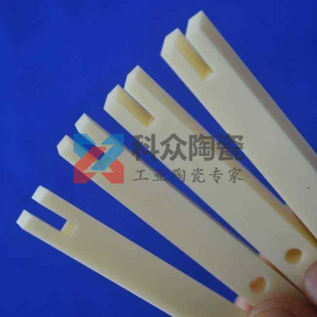 氧化铝半导体精密陶瓷精加工
