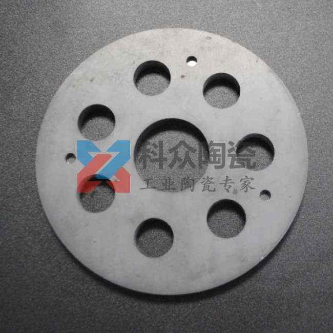 碳化硅精密陶瓷盘打孔加工