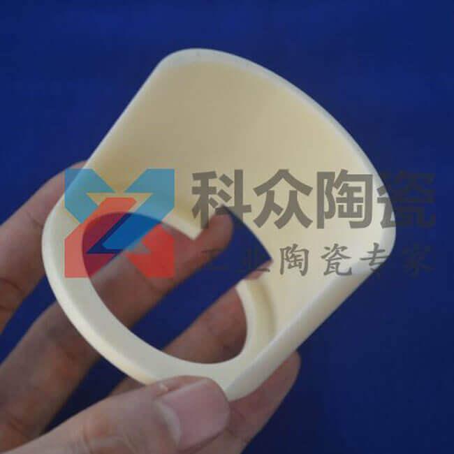 99氧化铝精密陶瓷异型件