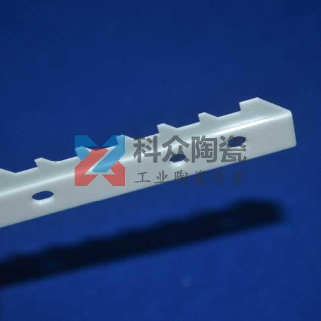 氧化锆精密陶瓷刀打孔加工