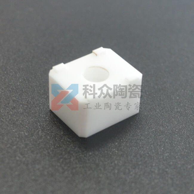 氧化锆精密陶瓷结构件中心打孔
