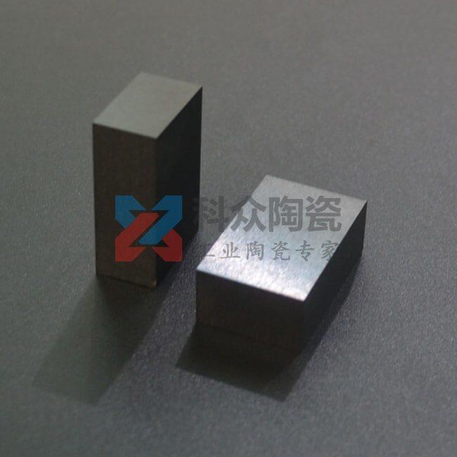 黑色氧化锆精密陶瓷板