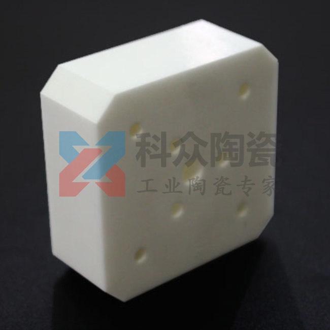 氧化锆精密陶瓷板打孔