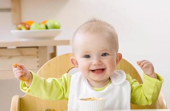 宝宝怎样摄取生长和发展所需的营养