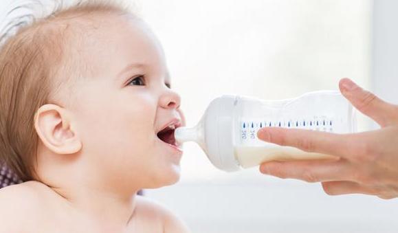 看一下试管婴儿湿疹的症状与饮食安全
