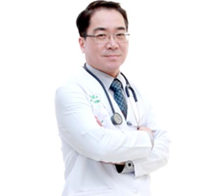 Jetanin医院 / Dr.Pinyo 平勇医