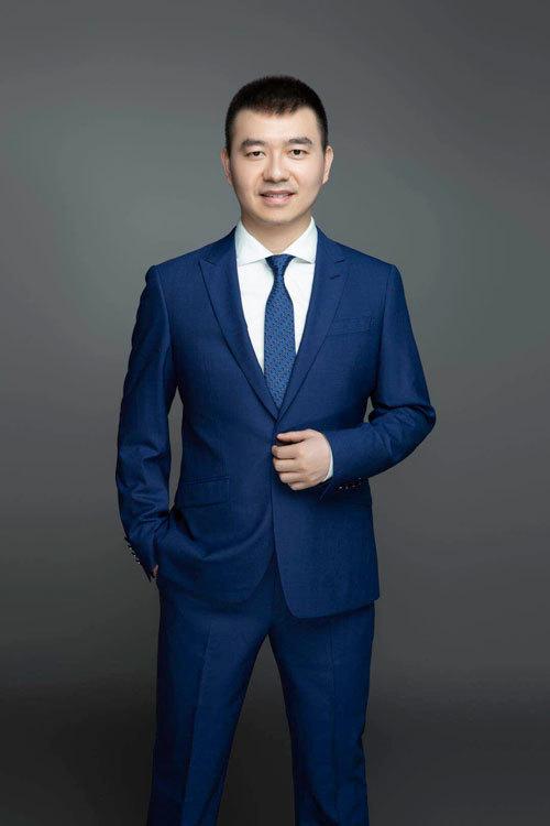 陈梓烽律师新照片1