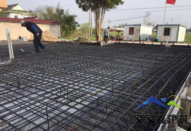 基础钢筋网铺设