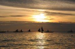 菲律宾娱乐活动(日落帆船、海底漫步、降落伞