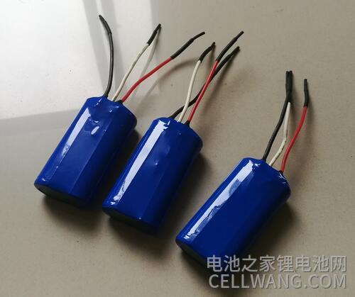 厂家给的7.4V锂电池定制成品实物料展示