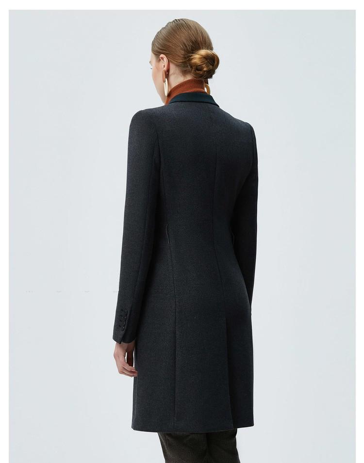 时尚女士职业装大衣