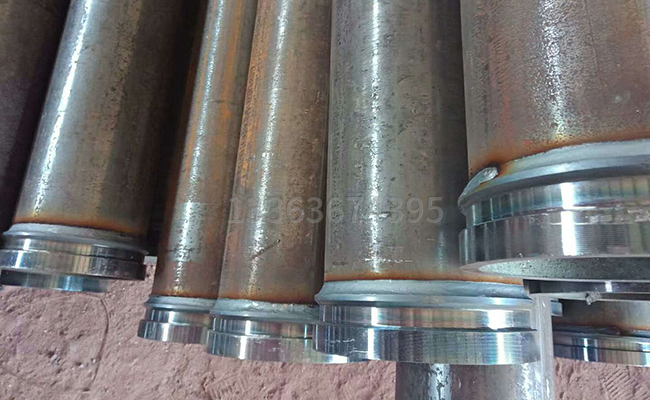 焊接好的混凝土地泵管
