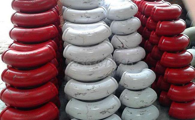 铸钢泵车弯头的图片