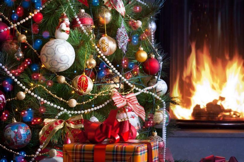 0_Christmas-tree