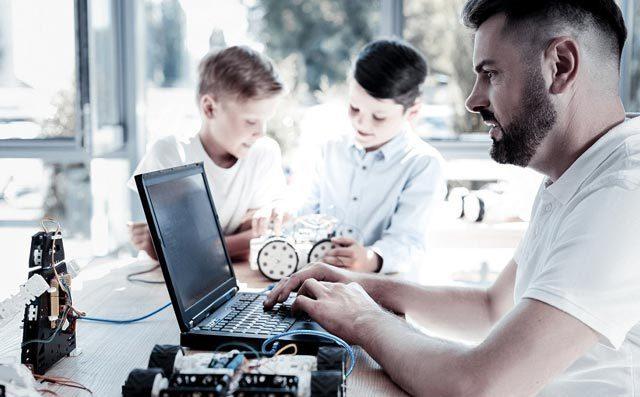 机器人教育加盟教学评价高的原因