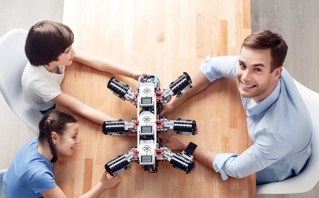 奇咔咔:运用机器人教学,孩子学习更主动