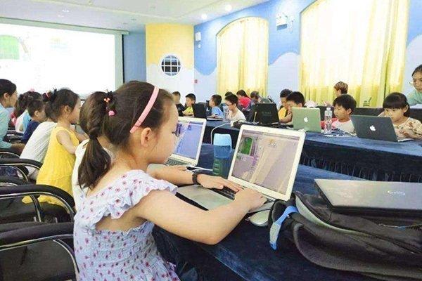 少儿编程教育的接触,家长需深思什么问题?