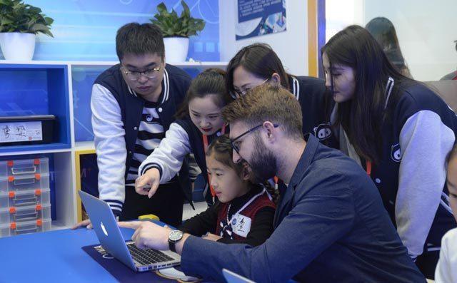 【探索关注】在这个全民AI时代,再不让你的孩子接触编程教育就 ...