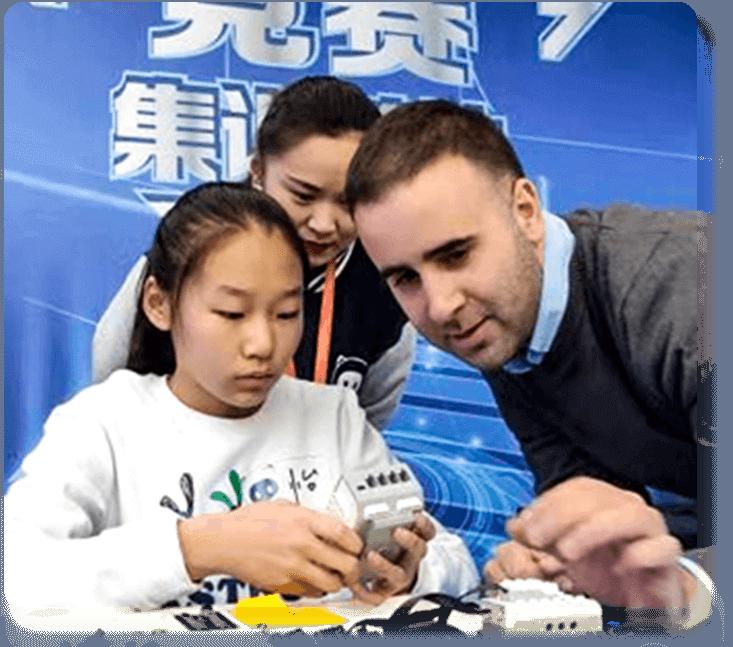 奇咔咔乐高机器人编程竞赛考级