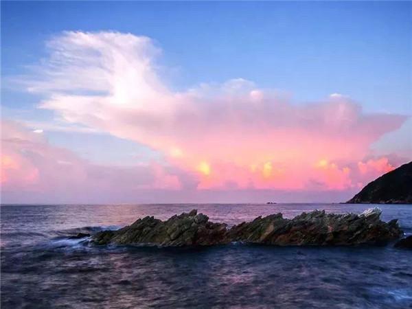 深圳西涌海滩