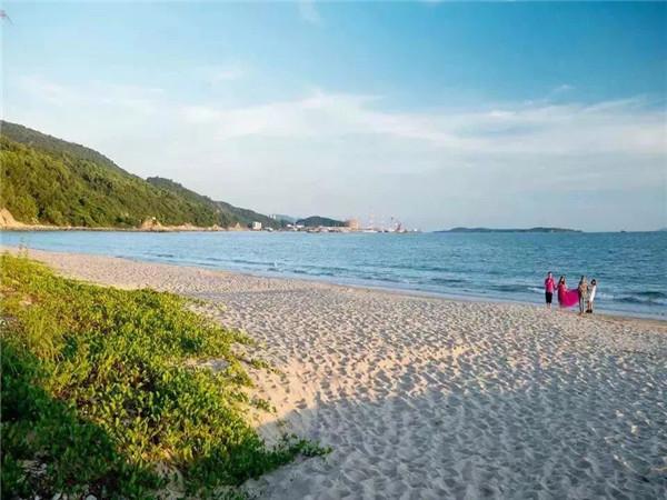 深圳官湖角沙滩