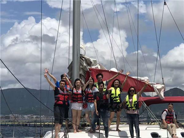 帆船聚会兜风