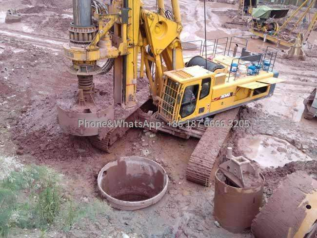 Picture of drilling rig drilling construction