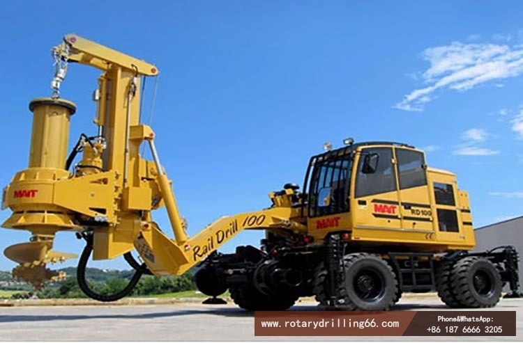 Picture of new wheel rotary drilling rig