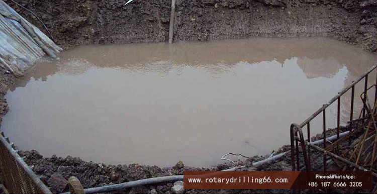 Pile drilling machine construction should be equipped with mud pool