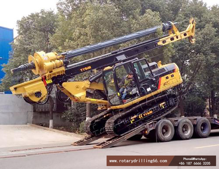 Picture of drilling rig transportation