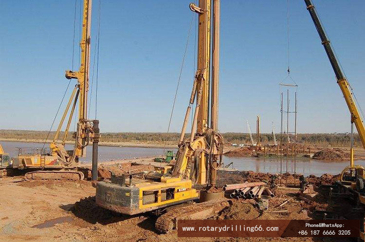 Pile drilling machine construction picture in clay formation