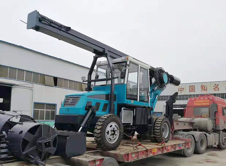 Picture of small wheel pile drill