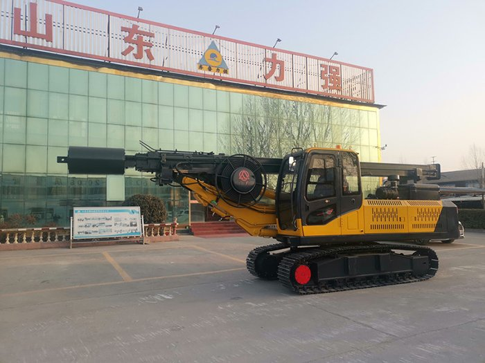 Real shot picture of new full hydraulic pile drilling machine
