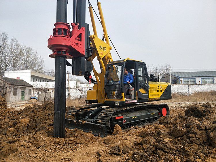 20m hydraulic machine lock rotary drilling rig picture