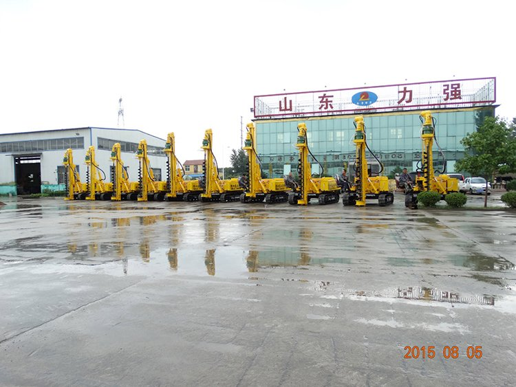 Small photovoltaic pile rig