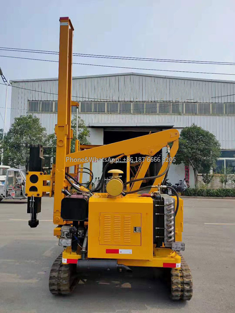 Picture of Tracked Highway Guardrail Pile Drilling Machine