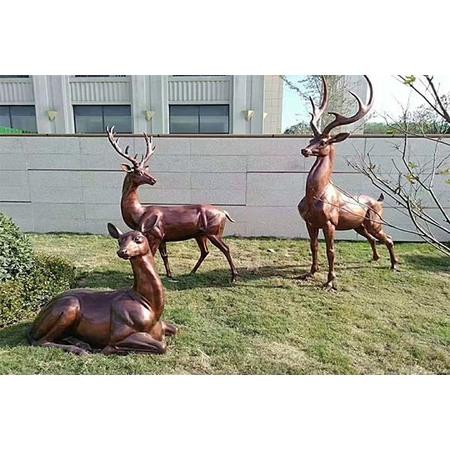 长颈鹿雕塑