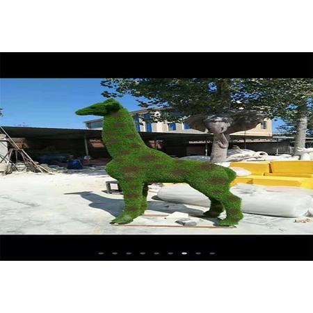 长颈鹿造型雕塑