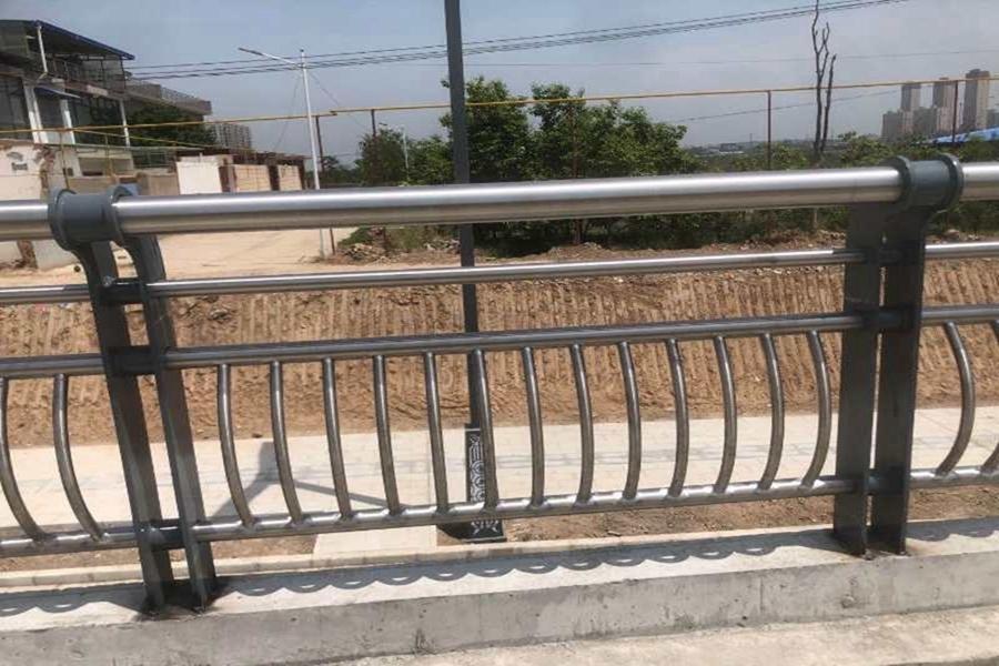 公路桥栏杆_马路桥栏杆_铁路桥栏杆