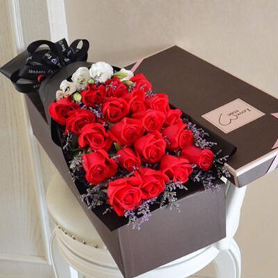 女友礼物:法式玫瑰花鲜花礼盒