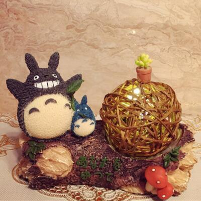女朋友的礼物:宫崎骏龙猫树脂小夜灯摆件
